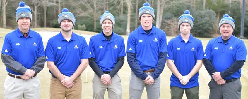 Delaware Tech's Golf team for 2019