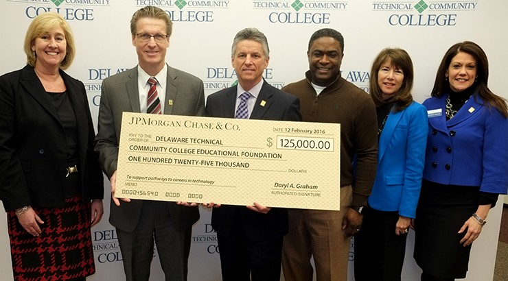 Delaware Tech Receives $125,000 Grant from JPMorgan Chase