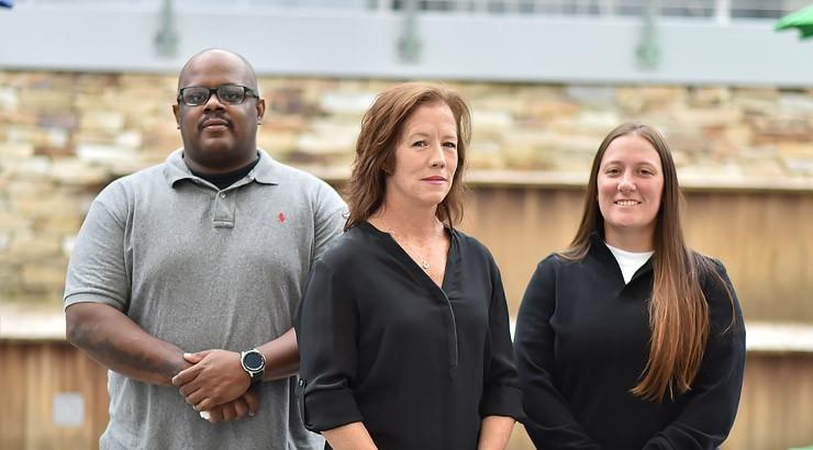 Assistant coach Chris Patton, head coach Maureen Faulkner and assistant coach Anna Tiberi.