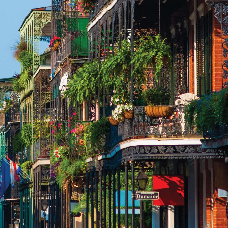 New Orleans buildings with terraces.