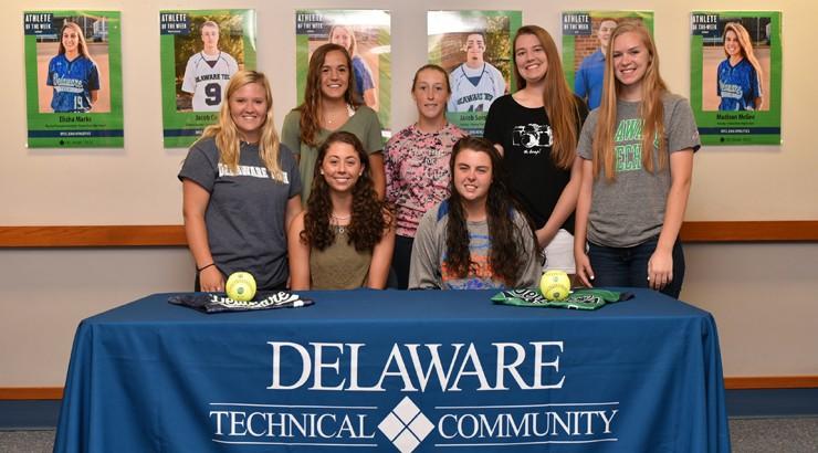Seven Delaware Tech softball players