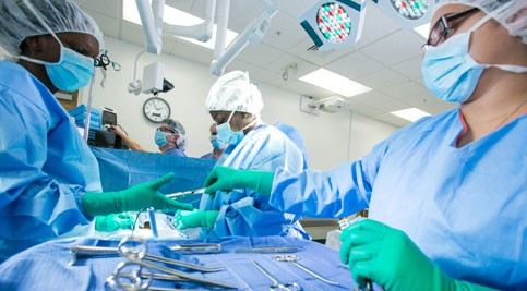 Surgical technology program students experience lab