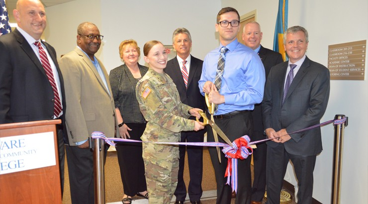 Members of the Veterans Resource Center cutting a ribbon